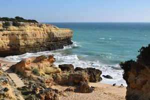 Praia da Albandeira Picture